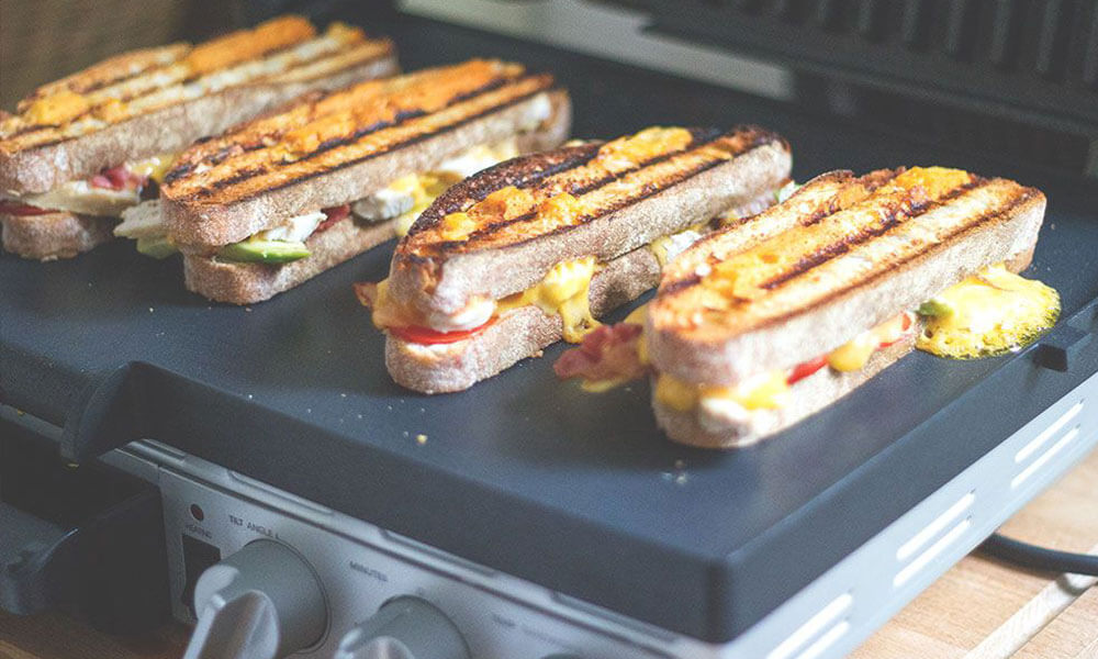 Gegrillte Sandwiches auf Kontaktgrill